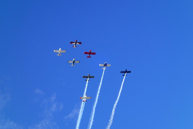 Local aviatior Axel Alvarez in the lead on this formation (right after a planned formation break off) in his RV-4.